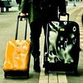 Коллекция Чемоданы на колесах 47 наименований стоимостью от 18490 до 25900 руб. Чемоданы Crash Baggage: философия полноценной жизни. Все новое – это хорошо забытое старое, но в случае с молодым итальянским брендом  Crash Baggage фундаментом для основания марки послужил личный опыт основателя и его решительный протест против неизменного дискомфорта в пути.