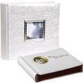 Коллекция Свадебные фотоальбомы 2 наименования стоимостью от 530 до 950 руб. Магнитный свадебный фотоальбом – предмет, необходимый каждому, чей безымянный палец украшает обручальное кольцо. Если вы приглашены на торжество и всё ещё думаете о выборе подарка – стоит вспомнить о том, что специальный праздничный альбом для фотографий пригодиться наверняка. Вместительные магнитные листы свадебного фотоальбома избавят вас от проблем с выбором кадра: места хватит каждому снимку, тем более что располагать фотографии можно под любым углом и в любом направлении. Где купить свадебный фотоальбом? – В нашем Интернет магазине подарков.