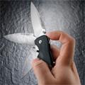 Коллекция Складные ножи 4 наименования стоимостью от 2190 до 5590 руб. Складные ножи Leatherman – это современный надёжный инструмент. Лезвия ножа выполнены из высококачественной углеродной стали. Для заточки клинка используется лазер. Пластиковые рукояти ножей Leatherman армируются стекловолокном, аллюминевые дополнены вставками из палисандрового дерева (чаще используется карбон и микарта). Нож Leatherman – это продуманная конструкция и современный эргономичный дизайн, благодаря чему, ножи удобно лежат в руке и оптимальны в работе.