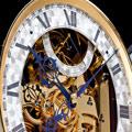 Коллекция Механические напольные часы 7 наименований стоимостью от 4320000 до 6048000 руб. Стремление к совершенству и познание его пределов стало отличным двигателем. К примеру, в коллекции бренда есть напольные часы (более 70 экземпляров) с длительностью хода в 1 год. А в 2002 году Маттиас Нэшке превзошел рекорд, державшийся более 150 лет. Он создал напольные часы (модель NL500) c длительностью хода 4 года. Но и это, как оказалось, не предел. В 2011 году были представлены уникальные напольные часы с длительностью хода 10 лет! Эта модель установлена в доме известного коллекционера из США.