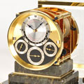 Коллекция Настольные часы 7 наименований стоимостью от 625000 до 14688000 руб. Маттиас Нэшке и его сын Себастиан Нэшке являются одними из немногих мастеров, знающих «тайну» изготовления «флейтовых часов». Это искусство достигло пика популярности во второй половине ХVIII - начале XIX века. Мелодии для таких часов создавали Бетховен, Моцарт, Гайдн. В настоящее время единственной мануфактурой, имеющей в своей постоянной коллекции «флейтовые часы», является Matthias Naeschke.